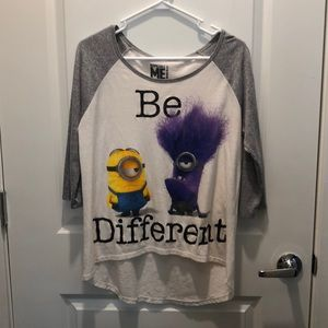 Despicable Me minions Graphic Tee Size Large